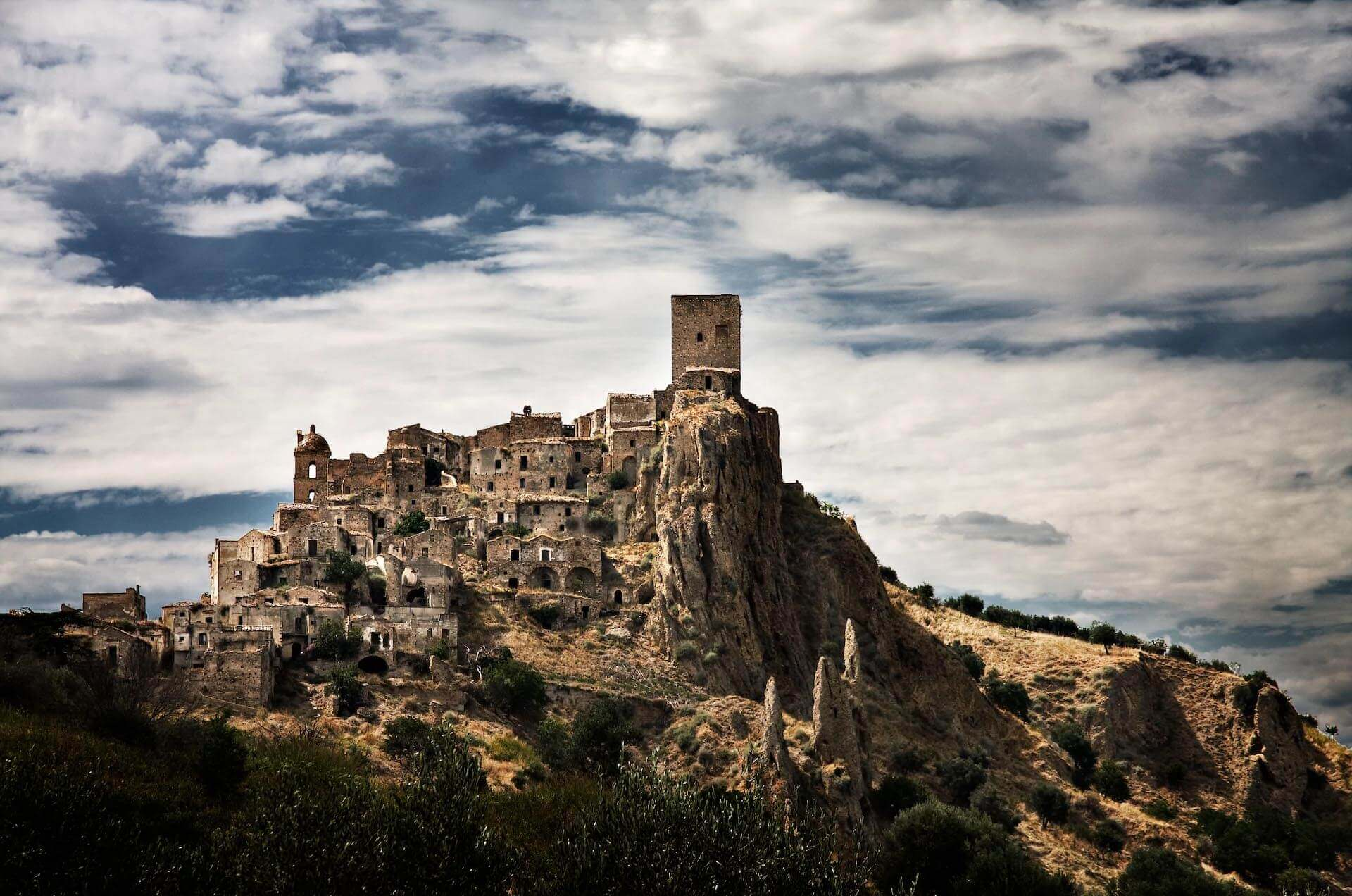 Craco panoramic view by telegrapgh